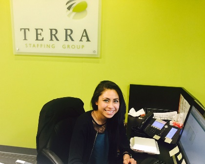 Our Office Coordinator, Brittany, is waiting to welcome you!