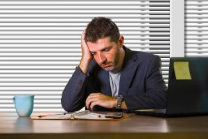 employee experiencing too much workplace stress